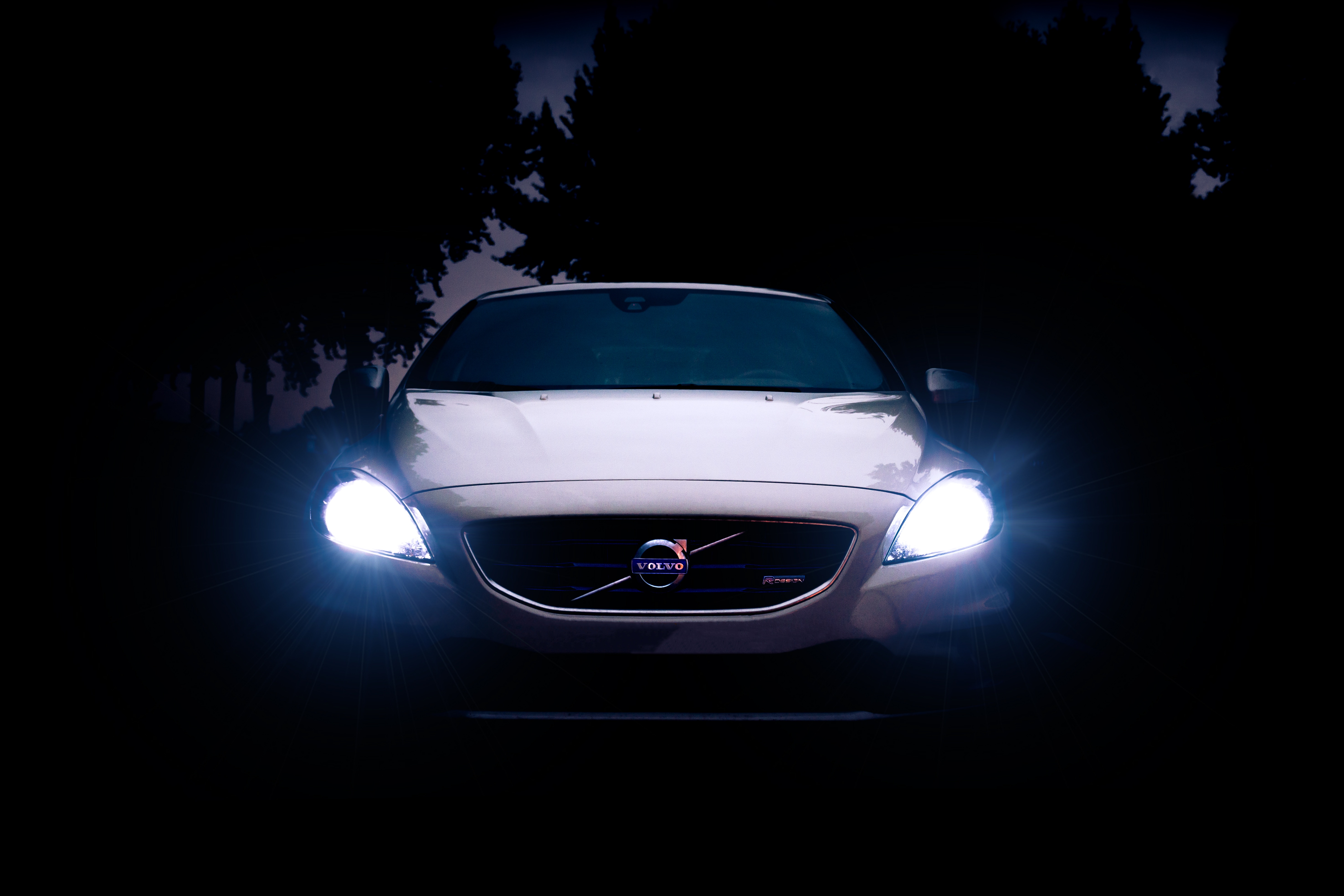 5 tips to help you drive safely with led headlights at night soundiego san diego car stereo. Black Bedroom Furniture Sets. Home Design Ideas