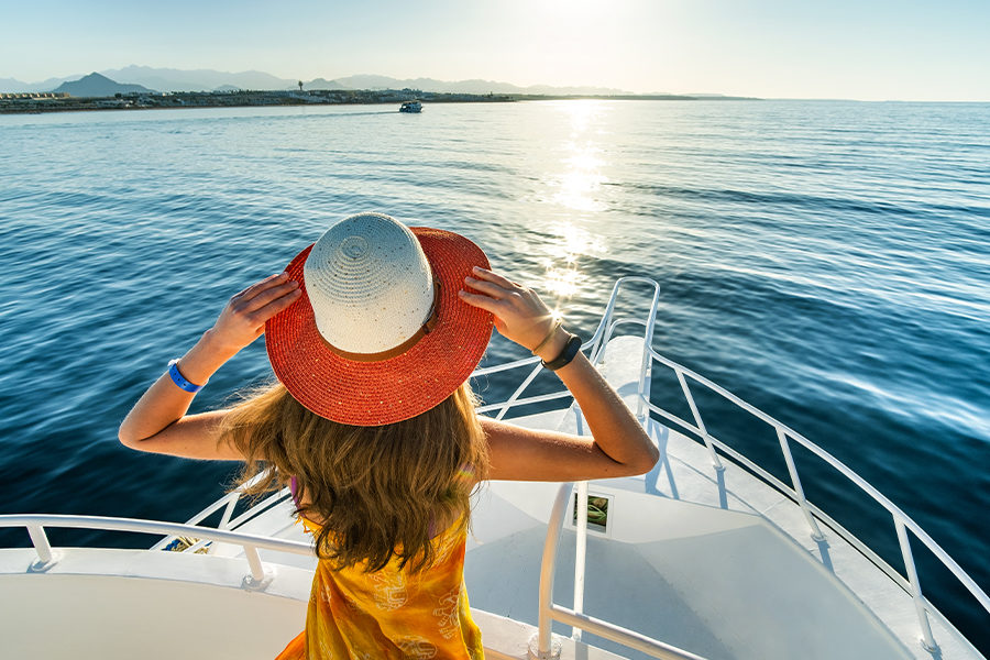 Getting the Marine Audio Equipment You Need for Your Boat 1