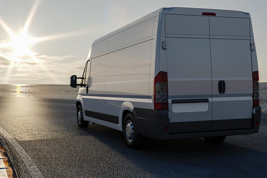 3 Reasons to Get the Windows of Your Transport Fleet Tinted 1