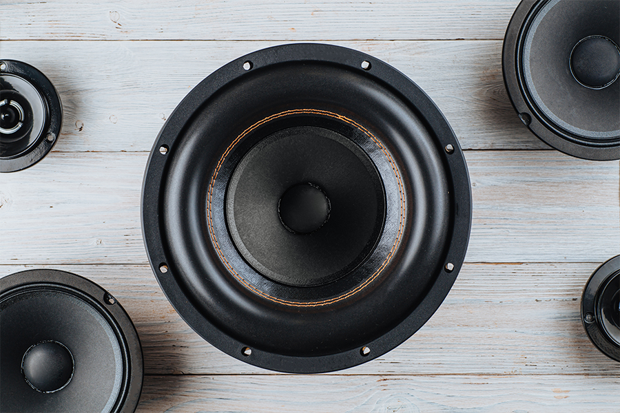 What Is the Difference Between Component and Coaxial Speakers 1