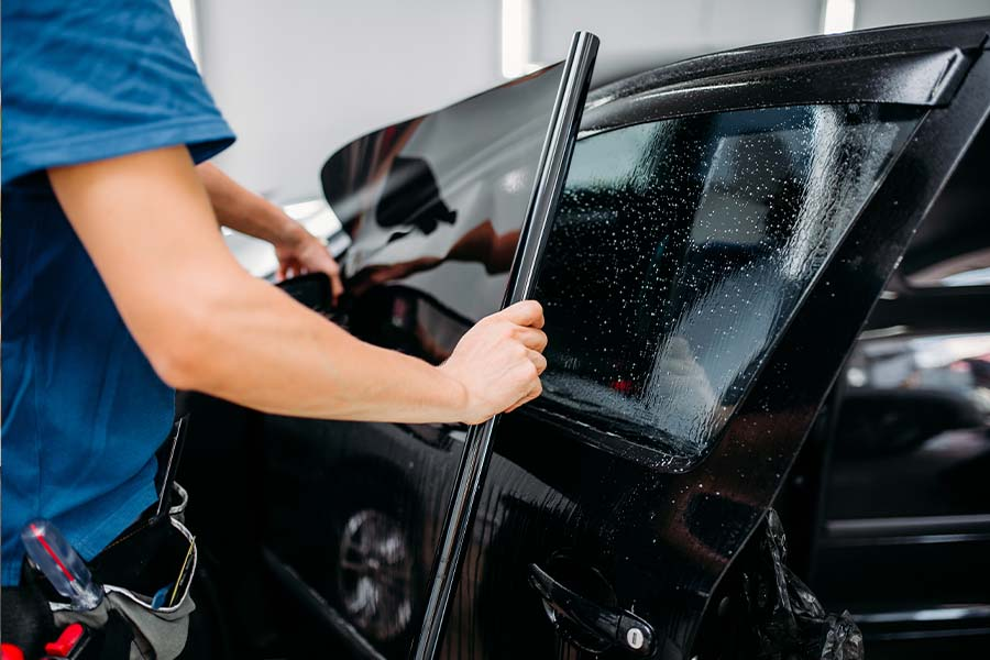 Three Reasons Professional Car Window Tint Installation Matters 1