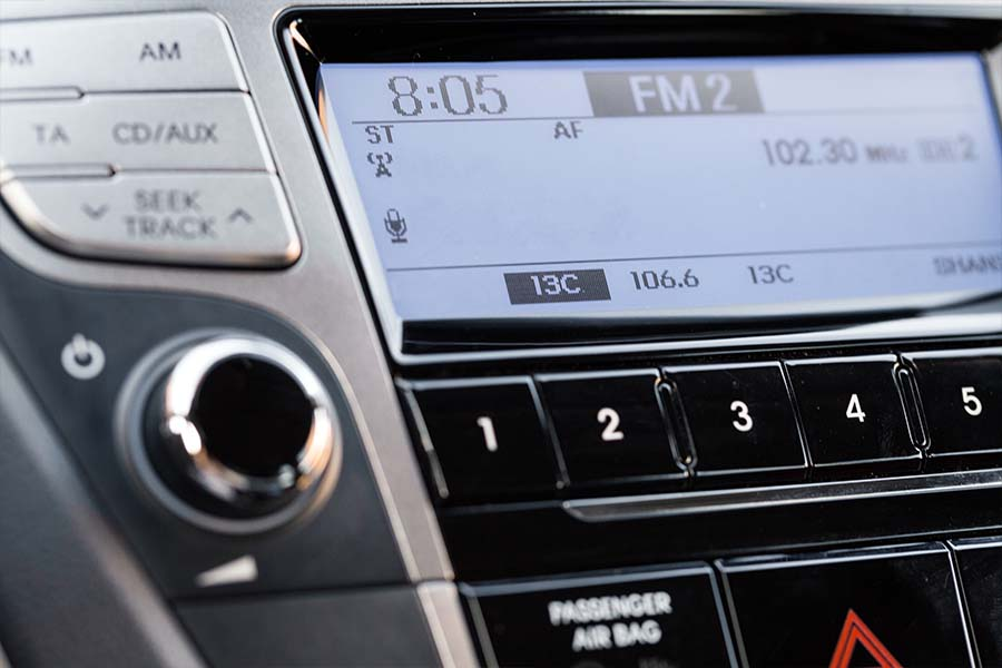 Top Reasons to Buy an Aftermarket Car Stereo System 1